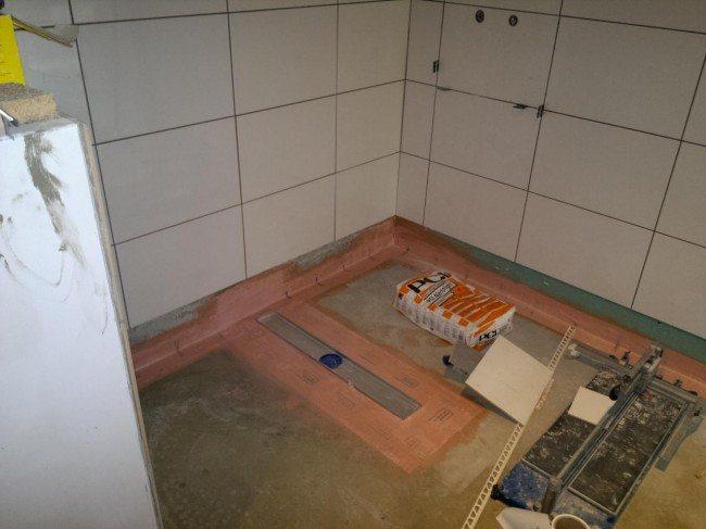 lewis deck wetroom floor ready for tiling. Black Bedroom Furniture Sets. Home Design Ideas