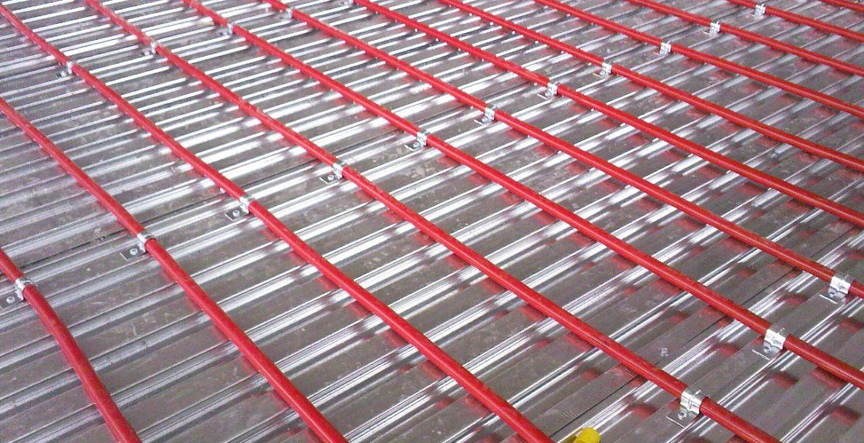 Lewis metal deck and underfloor heating